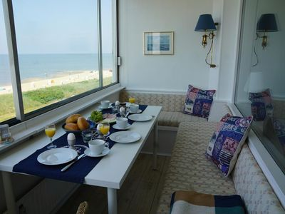 Photo for This delightful 45 square meter 2-room apartment sleeps 4 people and features a glazed loggia with fantastic panoramic views of the Wadden Sea.