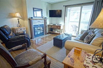 HDTV, Gas Fireplace, covered balcony