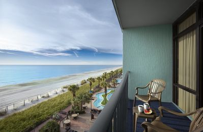 · Oceanfront Suite   22 Water Attractions   Spacious Accommodation!