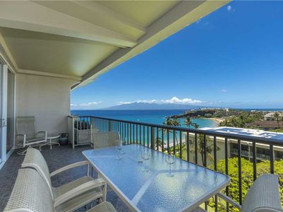 Photo for Whaler at Kaanapali Beach perfectly remodeled and well appointed 1 bd Ocean View Suite. #912