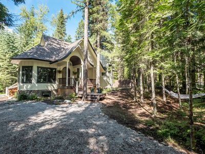 Photo for Stunning Luxury Home IN Glacier National Park with Hot Tub, Pool Table & More!