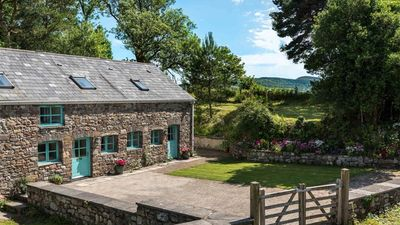 Photo for Glyn Cottage - Three Bedroom House, Sleeps 6