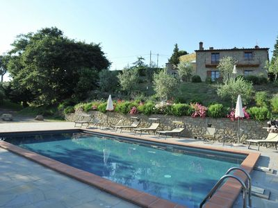 Photo for Villa with private swimming pool, in the hills near lake Trasimeno