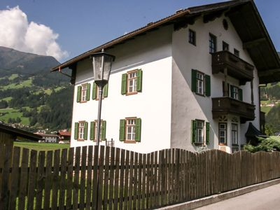 Photo for Apartment Zillertal Apartments in Zell am Ziller - 7 persons, 2 bedrooms