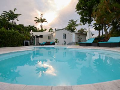 Photo for Charming Art Deco House close to Hollywood Boardwalk Beach