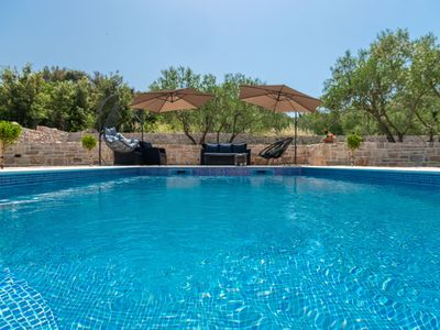 Photo for Beautiful summer villa for 8 people on the island of Pasman