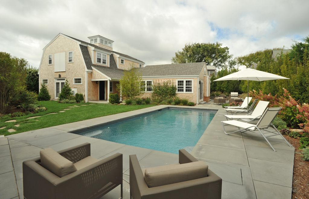 Welcome to the nantucket art house in tow vrbo for Virtual pool builder