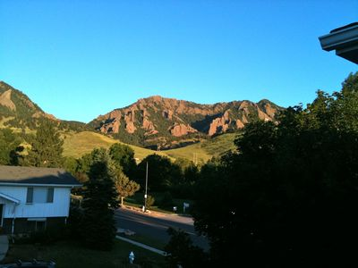 5 Bedroom Home in South Boulder; Great Views; Access to Hiking Trails