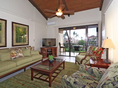 Photo for Immaculate top floor unit in Kamaole Sands! Perfect for your Maui vacation 🌺