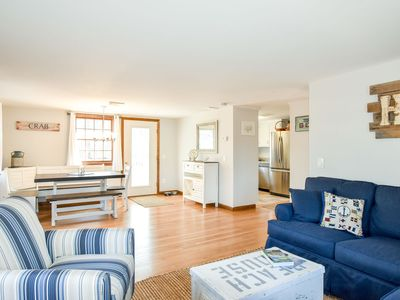 Photo for #524: Newly furnished, short drive to ponds/beaches, central A/C, dog friendly!