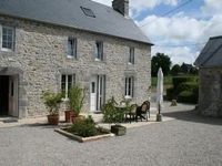 Well equipped gite with beautiful gardens and setting and lovely, helpful owners.
