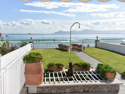 Photo for Holiday Sirra in Porto Alcudia on the beach of Playa de Alcudia for 6 persons.