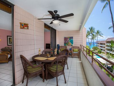 Photo for Island Paradise w/ Air Conditioning, Free Parking, WiFi- Right Across White Sands Beach