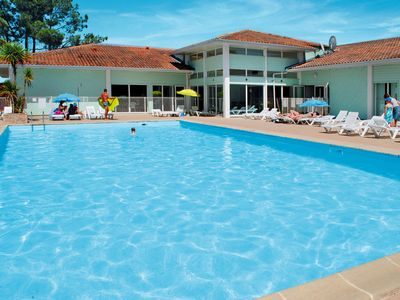 Photo for 2 bedroom Apartment, sleeps 8 in Dolus-d'Oléron with Pool and WiFi