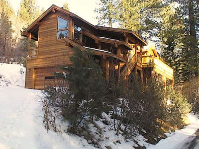 Photo for 3 bedroom, 2 bath, sleeps 7. North Shore of Donner Lake. DLR#016