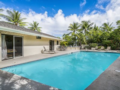 Photo for Private tropical house w/ swimming pool, DVD player, Close to beach (no AC)