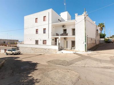 Photo for 707 Apartment at 250 mt from the Beach of Santa Maria al Bagno
