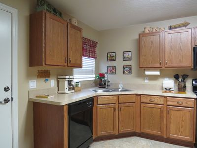 Fully equipped kitchen with 2 refrigerators