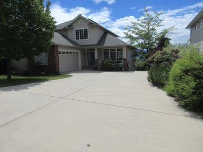 Photo for LAKEVIEW Home in the Beautiful Okanagan Valley