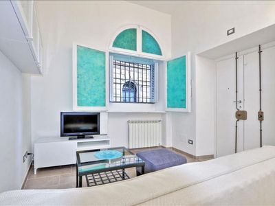 Photo for Fonte d'Olio Studio apartment in Trastevere with WiFi & integrated air conditioning.