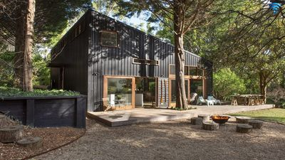 Photo for Milkwood Barn - pet friendly with swimming pool