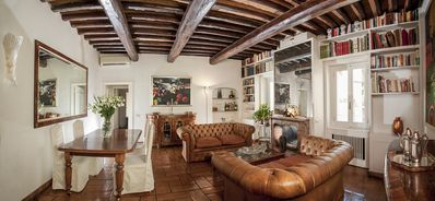 Photo for Condotti 21 Apartment || 40m to Spanish Steps