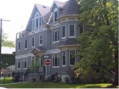 Photo for Exec home in Balmy Beach available! Small neighbourhood feel in the big city!