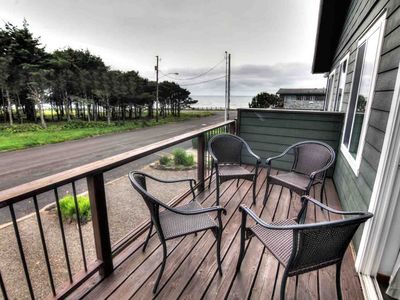 Photo for Walk to Everything! Yachats Village, Ocean View - Sleeps up to 12!
