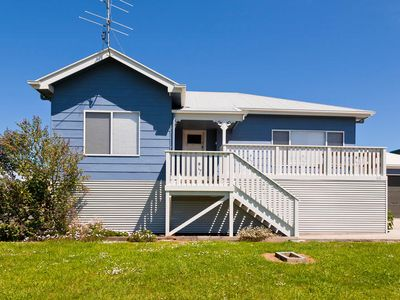 Photo for COSY BLUE - 65 Costin Street, Apollo Bay