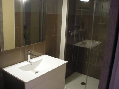 Photo for 2 BEDROOM APARTMENT COMFORTABLE VILLAGE CENTRE