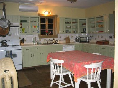 Large Fully Equipped Kitchen Kitchen