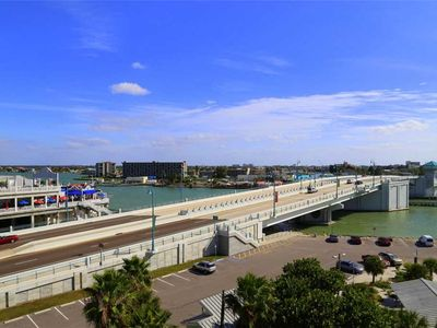 Photo for Top Floor Large Unit at John's Pass w/ Beach Views - Free WiFi - Beach Place