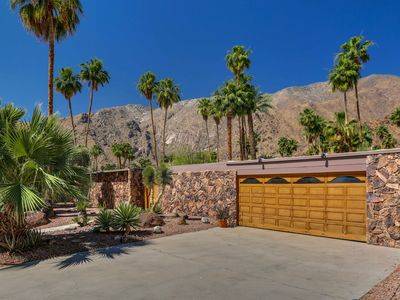 Photo for Old Las Palmas - 4 Bed 3 Bath Home