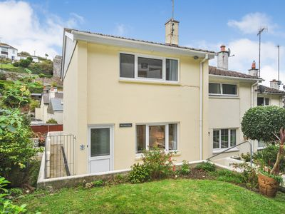 Photo for Three bedroom semi-detached House in Cawsand with garden and close to the beach