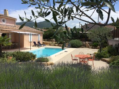 Photo for Provencal house with private heated pool and garden, 6 to 8 people