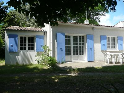 Photo for House 30m from the sandy beach of La Bree Les Bains