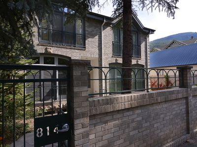 Photo for Aspen 3 bedroom downtown townhome just 3 blocks to the gondola