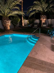 Photo for Walk/bike to Kierland Commons, Large Private yard, large diving poo