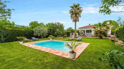 Photo for Holiday villa all comfort for 6 people in Malaga province