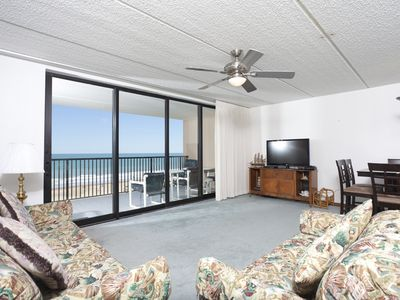 Photo for 3 bedroom condo with a beautiful beachfront/view