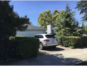 Photo for Nice Quiet and Bright House in Midtown Palo Alto  Good   for Family/ Work Trip.