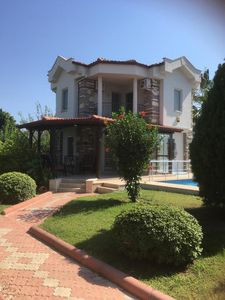 Photo for Lovely 2 Bedroom Detached Villa With Pool