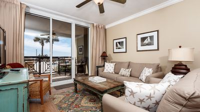 Photo for Azure-Ground Floor Unit, Steps away from Beach, no elevator rides! Beach Service