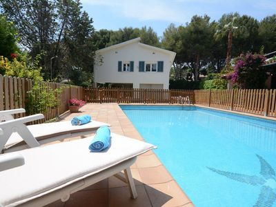 Photo for FINQUES SEGARRA - Villa with private pool, barbecue, large garden and close to the beach
