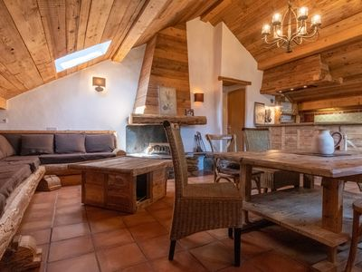 Photo for Beautiful apartment in a wooden chalet, Meribel Les Allues