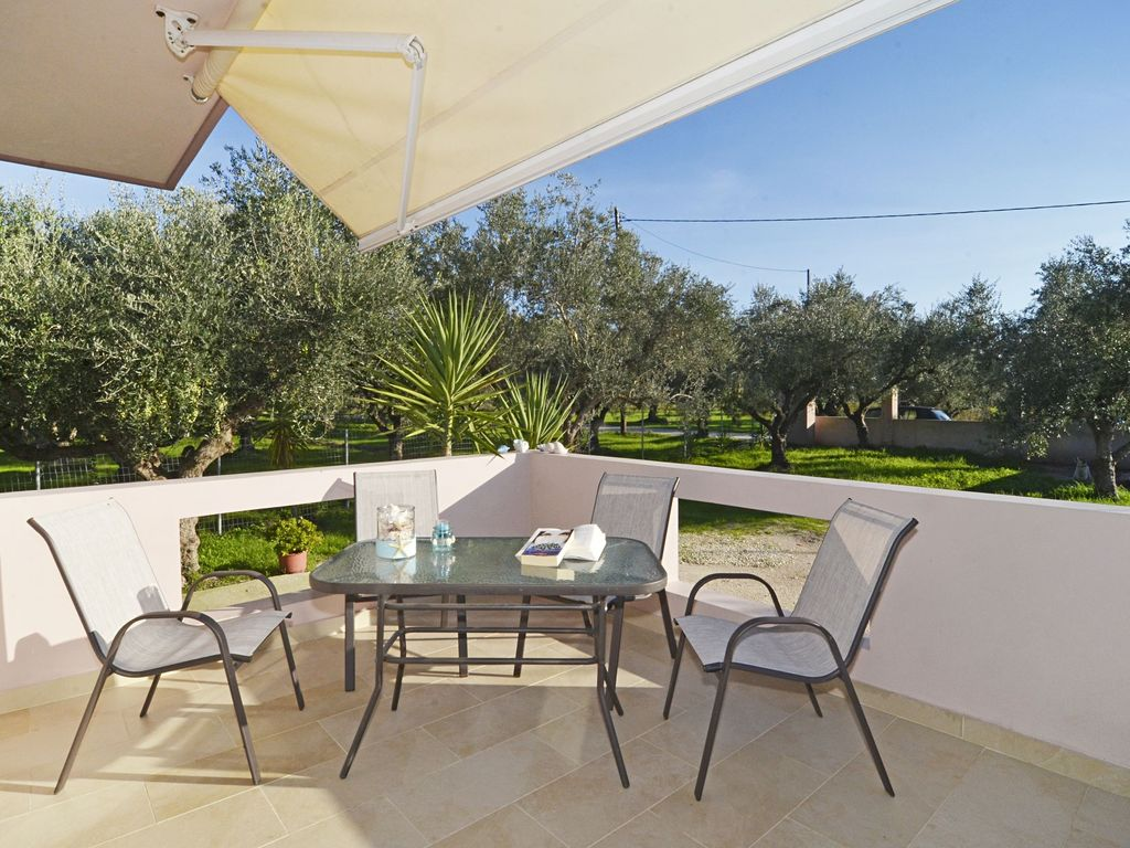 Danny 39 s 2 bedroom vacation house in countryside zakinthos - Vacation houses in the countryside ...