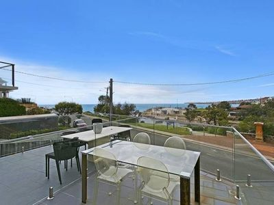 Photo for CLOVELLY Eastbourne Ave - Hosted by: L'Abode Accommodation