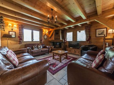 Photo for Spacious, traditional chalet with hot tub, sauna and beautiful views