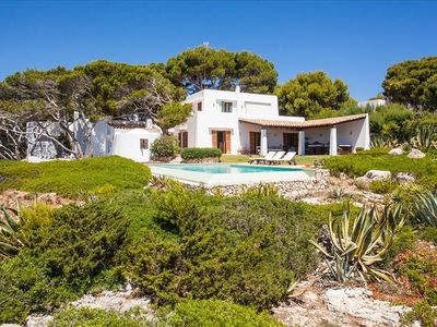 Photo for Villa with pool in front line, close to the beach. For 9 persons in 5 rooms