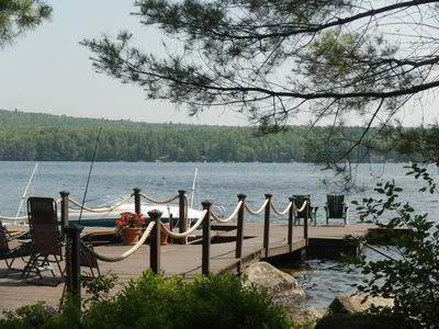 Immaculate Waterfront Apt, kayaks, hot tub, 45 min. to Acadia